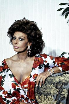 Sophia Loren ~ In 1982, while in Italy, she made headlines after serving an…