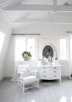 Loving some all white rooms lately!
