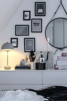 Bedroom picture wall | Black and white