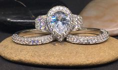 925 sterling silver pear halo AAAAA grade cubic zirconia engagement wedding ring set two bands