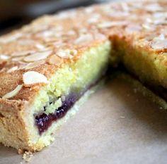 A cake I really enjoy. The recipe originates from Derbyshire, England.