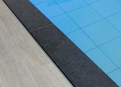 1000 images about binnenzwembaden on pinterest epoxy van and met - Zwarte voering voor zwembad ...