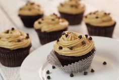 Cupcake Recipes : Paleo-Fiendly Chocolate Cupcakes  Peanut Butter Frosting