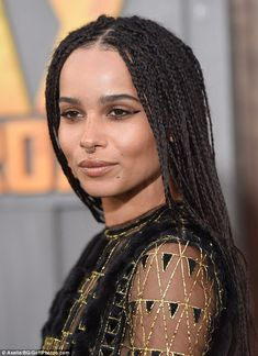 Zoe Kravitz Photos - 'Mad Max' Cannes Film Festival Red Carpet - Zimbio Zoe Kravitz Photos Photos - Zoe Kravitz is seen on the set of 'High Fidelity.' Zoe Kravitz Seen On The Set Of 'High Fidelity' Zoe Kravitz Braids, Zoe Kravitz Style, Zoe Isabella Kravitz, Lisa Bonet, Bad Girls Club, Afro Hairstyles, Girl Crushes, Hair Goals, Hair Inspiration