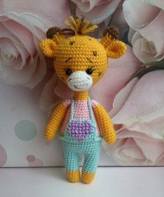 Жираф амигуруми крючком Art Japonais, Baby Toys, Free Pattern, Dinosaur Stuffed Animal, Creatures, Teddy Bear, Crochet, Mini, Handmade