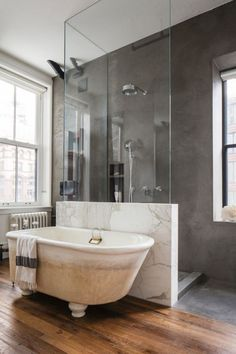 jolie salle de bain de luxe, quel revetement mur salle de bain poser