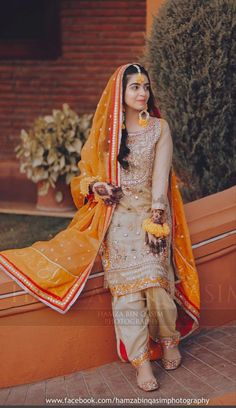 Bridal Mehndi Dresses, Asian Bridal Dresses, Mehendi Outfits, Indian Bridal Outfits, Wedding Dresses For Girls, Beautiful Pakistani Dresses, Pakistani Dresses Casual, Pakistani Wedding Dresses, Pakistani Dress Design
