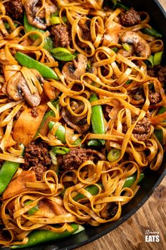 Quick Hoisin Beef Noodle Stir Fry - a perfect family meal ready in less than 30 minutes.Slimming World and Weight Watchers friendly Beef Noodle Stir Fry, Beef And Noodles, Beef Dishes, Pasta Dishes, Slimming World Recipes Syn Free, Slimming World Stir Fry, Easy Dinner Recipes, Easy Meals, Hummus
