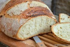Paine de casa neframantata reteta rapida   Savori Urbane Sweets Recipes, Bread Recipes, Cooking Recipes, Tapas, Best Sweets, Good Food, Yummy Food, Romanian Food, Artisan Food