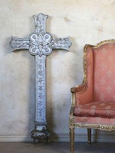 miqueridaladybug:  Antique French Cross