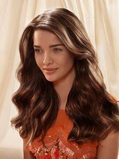 Der sinnlich-verführerische Look ist die ideale Frisur für das Sommer-Date.