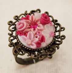 Polymer clay ring by Susana Alves