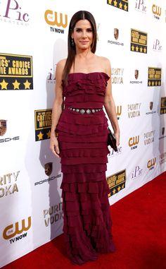 Sandra Bullock is so classy ! > Sandra Bullock wearing a Lanvin dress at the Critics' Choice Movie Awards Sandra Bullock, Critic Choice Awards, Critics Choice, Cate Blanchett, Roger Vivier, Sandro, Lanvin, Red Carpet Gowns, Red Carpet Fashion