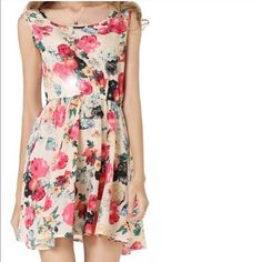 """flowy Blue and creamy floral sleeveless dress Very light, silky and flowing.  us XS (Asian S) Length: around 32 inches, bust: around 32-34 inches. waist: 32 inches. US s-Asian M: bust: 35 inches, waist is around 32 inches, length: 32-34"""". Material: rayon. Dresses Mini"""