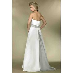 Strapless Colored Simple Wedding Gowns with Color Custom-made Lavender Lilac Wedding Dress Lilac Wedding Dresses, Simple Wedding Gowns, Informal Wedding Dresses, White Bridesmaid Dresses, Wedding Dress Sash, One Shoulder Wedding Dress, Wedding White, Gown Gallery, Wedding Dress Gallery