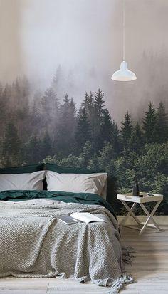 Wenn Sie schauen, ein ultimative Gefühl der Ruhe und die Ruhe in jedem Raum zu schaffen, unser Into The Woodlands Wallpaper Wandbild ist ein perfekter Weg, um die Natur in Ihrem Hause zu entkommen. Dieses schöne Tapete Wandbild, das einen üppigen grünen Wald verschleiert im Nebel zeigt wäre die perfekte ruhige Funktion in Ihrem Schlafzimmer. #wallpapermuralsnature