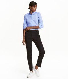 H M erbjuder mode och kvalitet till bästa pris   H M SE. Slacks For  WomenH m FashionFashion OnlineFashion OutfitsTrouser SuitsSuit PantsTrousersTeacher  ... 5c1fd07fca