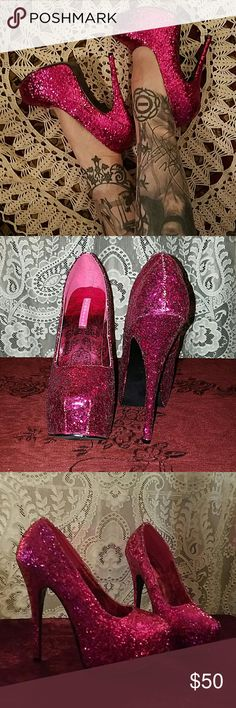 6 Inch Hot Pink Glitter Platform High Heels 8 WOW!!  These heels are amazing.  New without box, never worn.  6 inches high with platform lift.  Size 8.  They are 10 inches long from toe to heel.  Hot pink glitter!  Quite the show stoppers!! Bordello Shoes Heels
