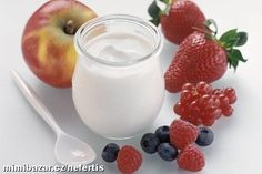 The best anti-ageing foods Kefir, Glass Of Milk, Diet Recipes, Anti Aging, Panna Cotta, Brunch, Food And Drink, Good Things, Cheese