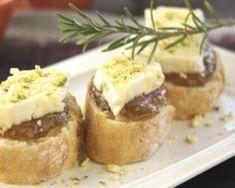 Bouchées de camembert au chutney de rhubarbe :http://www.fourchette-et-bikini.fr/recettes/recettes-minceur/bouchees-de-camembert-au-chutney-de-rhubarbe.html