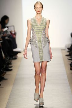 Hervé Léger by Max Azria Fall 2010 Ready-to-Wear - Collection - Gallery - Style.com