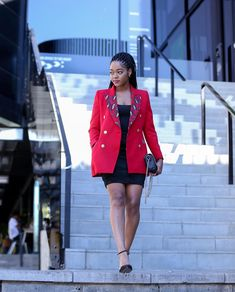 Keep warm this winter with this Melton blazer Available from sizes 30 - 38 Model wearing size 34 For orders WhatsApp 0796993872