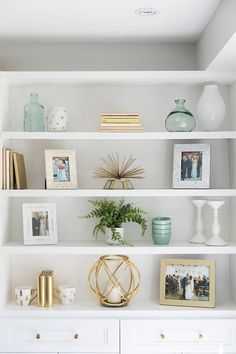 35 Essential Shelf Decor Ideas (A Guide to Style Your Home) bedroom livingroom kitchen ikea builtin wall modern teen diy floating 778208010589218955 Amazon Home Decor, Easy Home Decor, Cheap Home Decor, Classic Home Decor, White Home Decor, Natural Home Decor, Luxury Interior Design, Home Design, Design Ideas