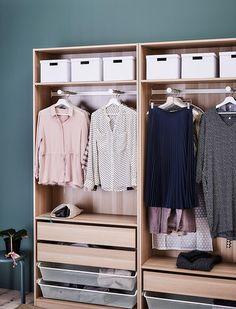 Winterkleding opbergen? Zo richt je jouw kledingkast handig in | IKEA IKEAnederland IKEAnl wooninspiratie inspiratie PAX garderobekast kast opbergen kleding slaapkamer KOMPLEMENT lade TJENA doos handig doos opberger