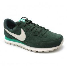 Nike Air Pegasus en Fulham Nike Pegasus, Fulham, Nike Cortez, Sneakers Nike, Shoes, Fashion, Nike Air Pegasus, Nike Shoes Outfits, Nike Tennis