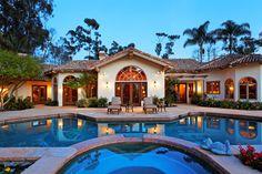BRILLIANTLY REMODELED SPANISH INFLUENCED ESTATE  |  Rancho Santa Fe, CA  |  Luxury Portfolio International Member - Willis Allen Real Estate