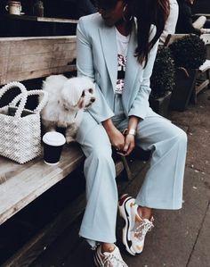 Ensemble bleu et sneakers Balenciaga Suits And Sneakers, How To Wear Sneakers, Sneakers Fashion Outfits, Mode Outfits, Dad Sneakers, Sneakers Women, Casual Outfits, Moda Fashion, Womens Fashion