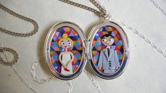 Wedding necklace with polymer clay double portrait by Dorothée Vantorre (Les Folles Marquises).