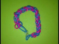 Eenvoudige, tweekleurige armband maken met Loom bandjes op een werkbord.