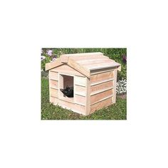 Small Insulated Cedar Cat House *** Want to know more, click on the image. (This is an affiliate link) #CatCondoTreeTower