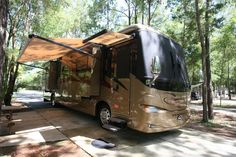 Check out this 2007 Newmar VENTANA 3933 listing in Dade City, FL 33526 on RVtrader.com. It is a Class A and is for sale at $89900.