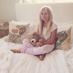 Alli Simpson///follow me on pinterest [ Esosa Noruwa ] for fashion, fitness and quotes pins etc :)