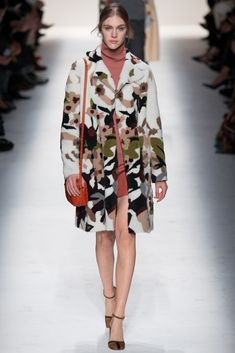 Valentino Fall 2014 Ready-to-Wear Fashion Show - Hedvig Palm (Next)