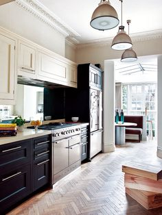 thehousehome: traditional and contemporary kitchen (design blossom) Best Flooring For Kitchen, Wood Floor Kitchen, Kitchen Floors, Kitchen Tile, Home Decor Kitchen, Kitchen Interior, Home Kitchens, Victorian Kitchen, Victorian Homes