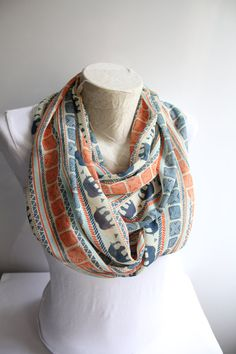 Olifant sjaal tribale olifant sjaal, etnische sjaal, olifant Infinity Scarf, Fashion sjaal, Winter sjaal, vrouwen accessoires, cadeau voor haar