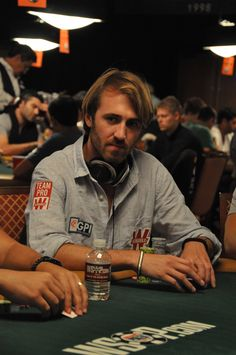 53 Gpi S Top Poker Players Ideas Poker Players Team Canada