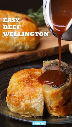 Even Beginner Cooks Can Make This Easy Beef Wellington! Easy Beef Wellington, Individual Beef Wellington, Beef Wellington Sauce, Meat Recipes, Cooking Recipes, Recipies, Cooking For Beginners, Beef Dishes, Pulled Pork