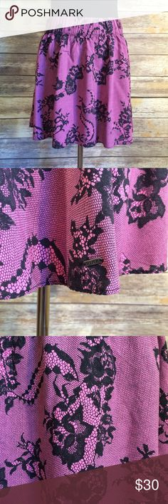 """PINK Lace Print Mini Skirt PINK Lace Print Mini Skirt in black and pink. EUC 100% rayon. Lightweight and flirty. Elastic waist will fit 26""""-36"""". Length is approximately 15 1/2"""". PINK Victoria's Secret Skirts Mini"""