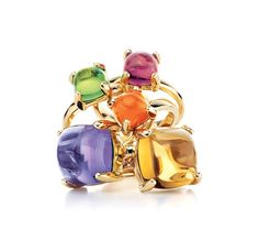 Love the uniqueness of this ring!!