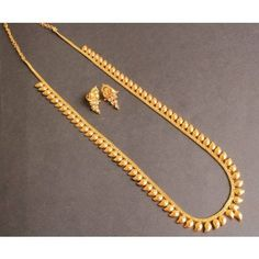 Fulfill a Wedding Tradition with Estate Bridal Jewelry Gold Mangalsutra Designs, Gold Earrings Designs, Necklace Designs, Gold Chain Design, Gold Jewellery Design, Designer Jewellery, Bridal Jewelry, Beaded Jewelry, Anklet Jewelry