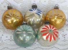 5 VTG Glass Christmas Tree Ornaments Shiny Brite Flower Stencil Silver Gold Blue #ShinyBrite