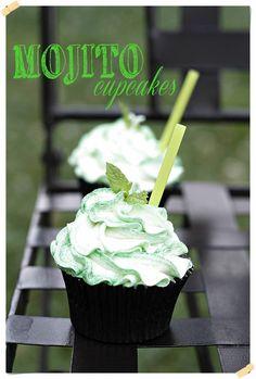 Mojito Cupcakes click photo for English recipe. En español aquí: http://conlaszarpasenlamasa.es/2013/09/05/mojito-cupcakes/