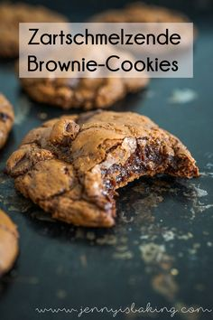 The very best chocolate brownie cookies for chocoholics like me, simply prepared and soooo good! The very best chocolate brownie cookies for chocoholics like me, simply prepared and soooo good! Easy Cake Recipes, Baking Recipes, Cookie Recipes, Healthy Recipes, Food Cakes, Brownie Fondant, Fun Desserts, Dessert Recipes, Dessert Ideas