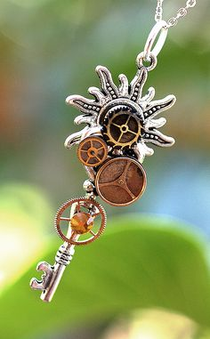 Steampunk Sun Key Necklace