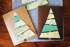 Easy DIY Christmas card. Could use cut-out strips from magazines. le sapin est composé de découpes de magazines.