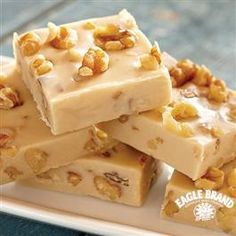 Enjoy a a sweet #maple flavor and crunchy walnuts with this Maple Walnut #Fudge from Eagle Brand®